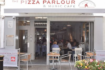 Pizza Parlour Turns Down The Lights With Wine And Cocktail