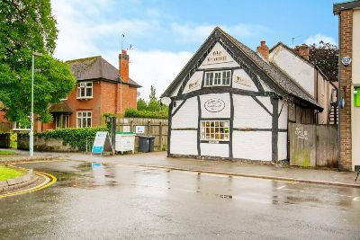 Granny's Sandwich shop in Bilton is up for sale as its owners of 13
