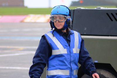 """Pint-sized navy trainee Laura is """"small but fierce"""