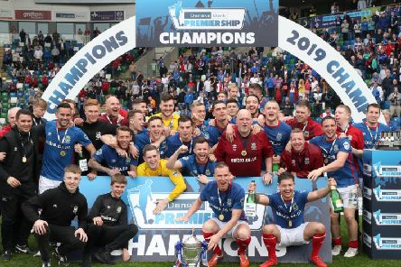 Linfield host Institute on the opening day