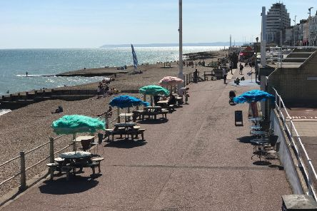 Beach Cafe Re-opens SUS-190624-125901001