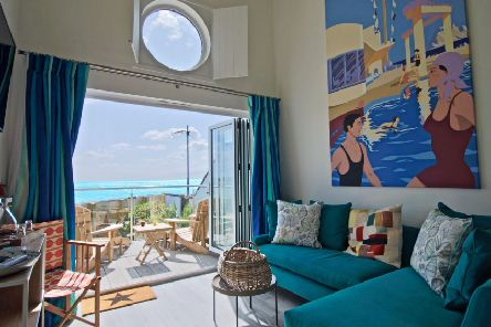 Best Western Beachcroft Hotel and Restaurant: Beach hut lounge view. Picture contributed
