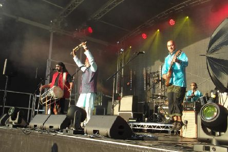 RSVP Bhangra performing at Swanbourne Music Festival