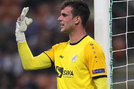 Keeper Simon Sluga has signed for Luton