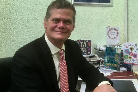 Eastbourne MP Stephen Lloyd SUS-190117-110818001