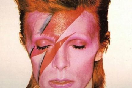 Jean Genie presents The Ultimate Tribute to David Bowie