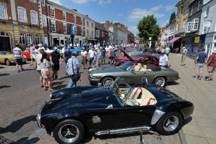 Busy scenes on the High Street at the event in 2018. PICTURE: ANDREW CARPENTER