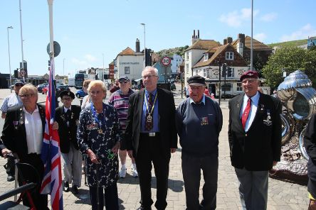 D-Day remembered in Hastings 75 years on SUS-190618-155434001