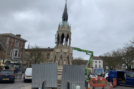 Works are being carried out on the Stanhope Memorial in Market Place, Horncastle. EMN-190322-160649001