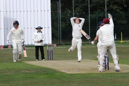 Perry Derrick comes close to picking up the wicket of Josh Darley. Picture: Morris Troughton