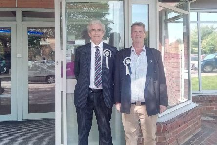 Independents Tony Dixon (right) proposed the motion, while Hugh Coster (left) seconded it