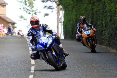 Phil Crowe was well-placed in 12th midway through the Senior TT before bike problems struck. Picture: Clare Freestone EMN-191006-181026002