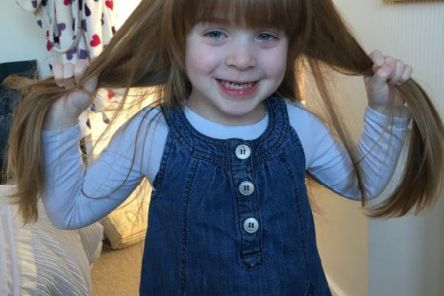 Olivia Fryer (3), who is helping the Little Princess Trust and Young Epilepsy charities by having her long hair cut EMN-190703-115524001