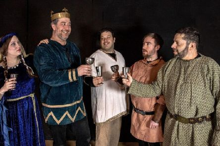 Lady Macbeth (Jaqueline Harper-Felman), Macbeth (Guy Steddon), Lennox (Sam Rasavi), Angus (Elliot Robinson), Ross (Dan Dryer).