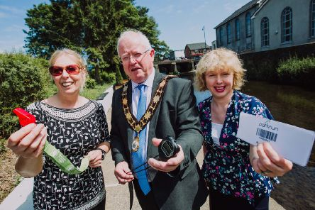 Mayor of Antrim and Newtownabbey, Ald John Smyth is joined by Vivien Davidson, parkrun volunteer and Nicola Ardbuckle, Northern Health and Social Care Trust to launch the Ballyclare parkrun
