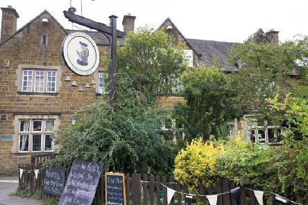Liz has started serving food again with help from Micky's Cafe - who now has set up home in the Kingsthorpe pub.