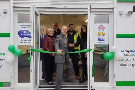 Mayor of the Borough of Kettering, Councillor James Burton and Mayoress Mrs Lorraine Burton open the Kettering branch of webuyanycar.com