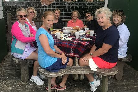 The Warsash and Lee ladies' teams who compete in the midweek masters league
