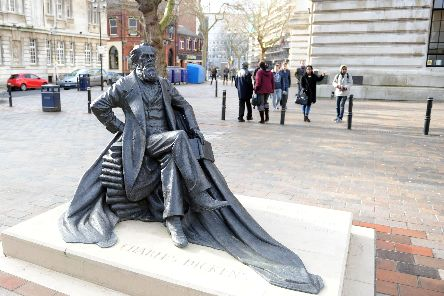 Charles Dickens in Guildhall Square      Picture: Paul Jacobs (14467-16)
