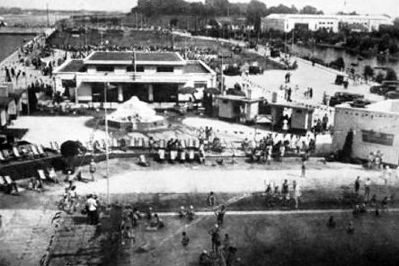 A marvellous view of Hilsea Lido in 1935 with Portsbridge on the far left.
