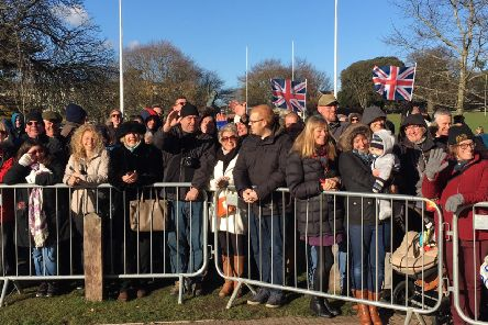 Crowds wait for the Queen at the Chichester Festival Theatre SUS-171130-121737001