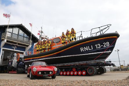Hastings RNLI and Ferrari SUS-190624-134255001