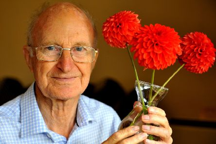 Billingshurst Horticultural Society show. Peter Lines with his Dahlia's. Pic Steve Robards SR1920598 SUS-190819-092247001