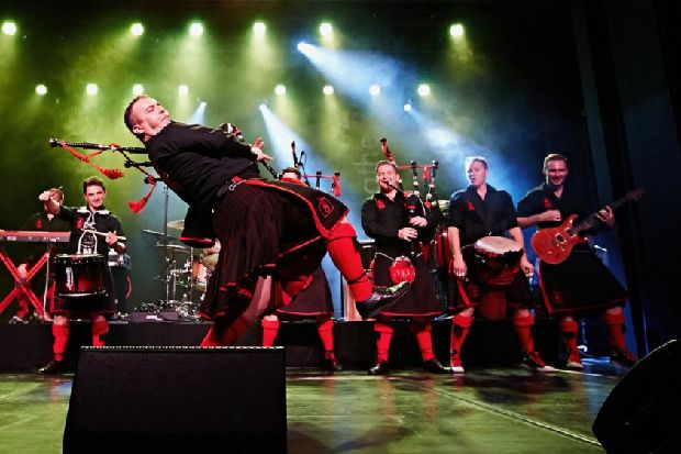 Red Hot Chilli Pipers bringing their unique brand of 'bag-rock' to Derry