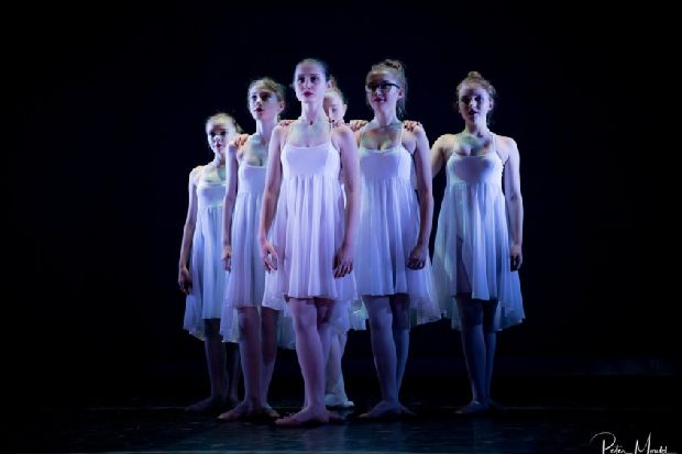 Be inspired by young dancers of Hastings School Of Contemporary Dance
