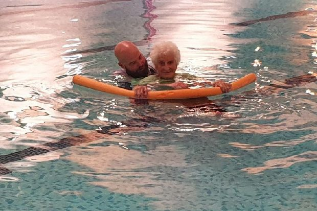 Lillian aged 103 fulfils her dream by taking to the water - St mary s school bexhill swimming pool ...
