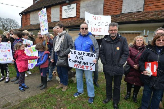 """Protesters call for Brede pub to reopen: """"Our village has lost a vital community asset"""""""