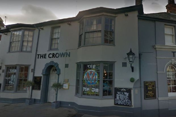 Horsham town centre pub to offer free Christmas lunches to combat loneliness - West Sussex County Times