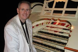 Organist Chris Powell EMN-191129-170330001