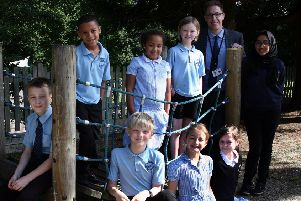 Warden Park Primary Academy celebrates an excellent OFSTED inspection SUS-190307-174214001