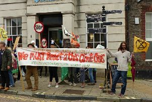 Protestors outside Barclays in Lewes. Picture by Stephen Watson SUS-190817-104606001