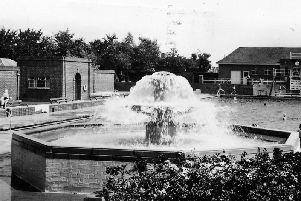 Banbury's outdoor pool circa 1955 (courtesy Joan Brown)