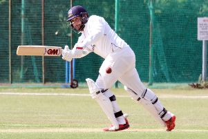 Dave Eaton hit an unbeaten 35 runs as Banbury II beat Bicester & North Oxford to regain top spot in division two