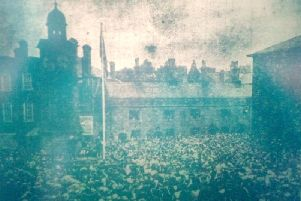 Sorry, this might not publish very clearly but it might just give you an idea of the incredible numbers that turned out to see the unfurling of the peace celebrations flag by Rugbys Crimean veteran Bombardier Joe Norman