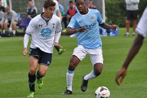 Harry Winks in action for the Spurs U18 team