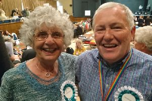 Lynn Langlands and Brian Drayson won in Bexhill Kewhurst
