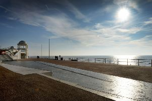 Bexhill Colonnade and Bexhill Seafront SUS-190214-115635001