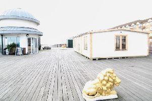 Hastings Pier retail cabin SUS-200221-095913001