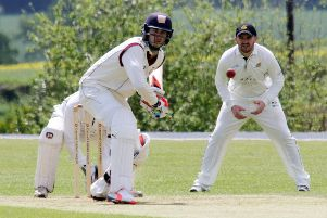 Kurtis Patterson faces a delivery for Banbury against Finchampstead in 2016