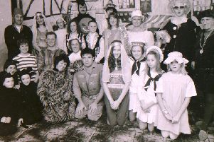 Heckington Players' pantomime cast from January 1970. EMN-191001-155916001