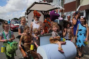 Bexhill Carnival 2018. Photo by Roberts Photographic SUS-180729-101137001