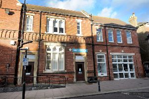 Bexhill Library SUS-160801-094918001