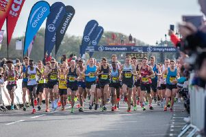 The elite men get under way at the Great South / Picture by Shaun Roster