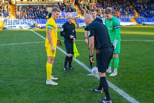 The captains at the coin toss / Picture by Neil Holmes