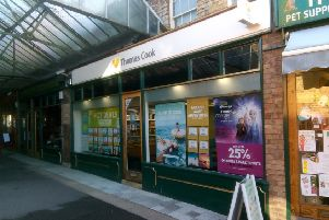 The Thomas Cook travel shop in Bristol Arcade, Sleaford. Closed today after news that the company had collapsed overnight. EMN-190923-103918001
