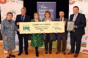 Doreen Muskett; President of Northern Ireland Amenity Council (NIAC), Joe Mahon; Patron of NIAC, Caroline Scott and Nuala McGoldrick representing Darkfort Drive, Keith Porter; Central Grounds Manager at Northern Ireland Housing Executive and Stephen Patton, HR and CR Manager at Belfast City Airport